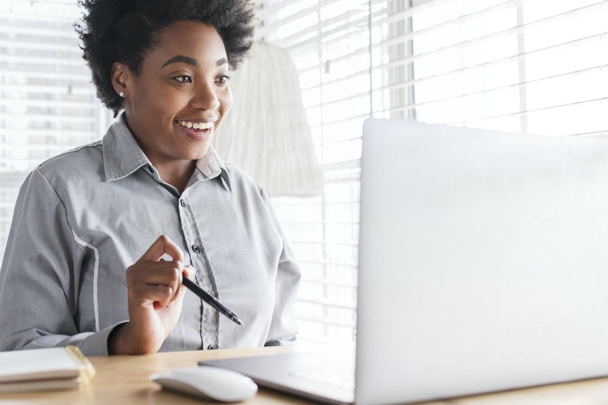 Les étudiants sont de plus en plus nombreux à faire le choix d'un contrat en alternance en digital learning